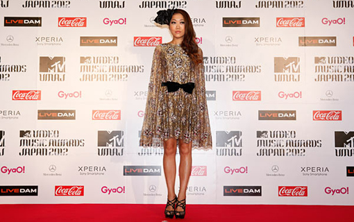 Juju on the red carpet | MTV Video music awards Japan 2012