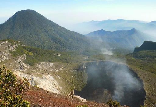 Jalur Pendakian Gunung Gede Pangrango Ditutup Untuk Umum