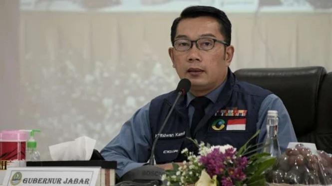 Gubernur Jawa Barat Ridwan Kamil mengajak warga Jawa Barat, untuk berperan aktif dan bersedia menjadi relawan uji klinis fase ketiga vaksin Covid-19 buatan perusahaan biofarmasi asal China, Sinovac Biotech, yang dikerjasamakan dengan Bio Farma dan Fakultas Kedokteran Universitas Padjajaran.