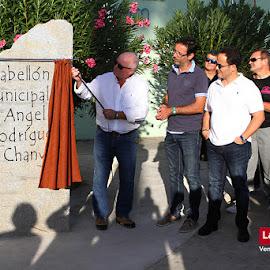 Inauguración monolito Pabellón Ángel Rodríguez