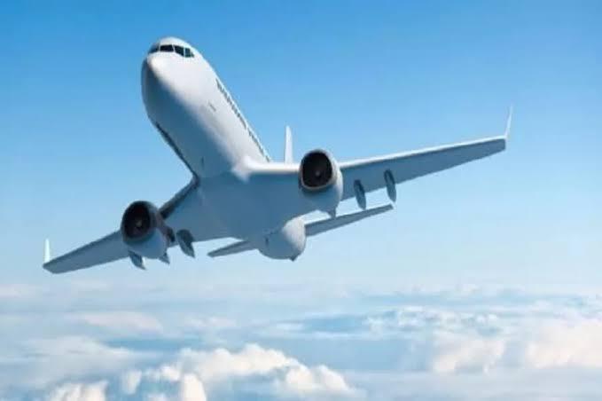 पाकिस्तान में बड़ा विमान हादसा, लाहौर से कराची जा रही फ्लाइट क्रैश,