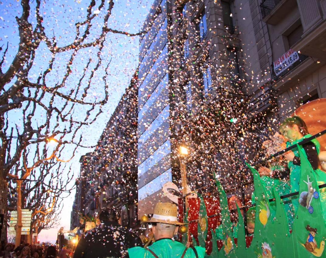 Rua de Carnaval 5-03-11 - 20110305_675_Rua_de_Carnaval.jpg