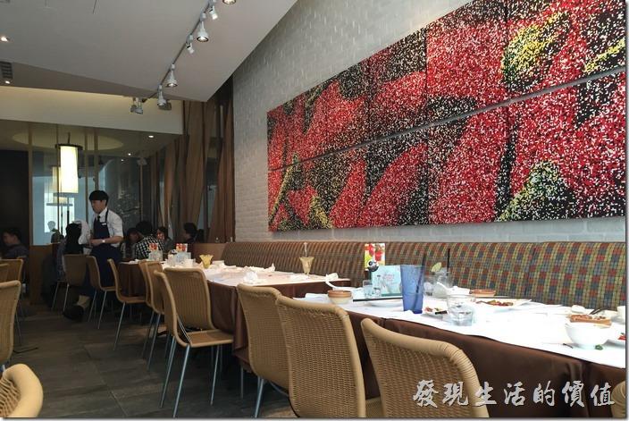 南港1010湘餐廳的內部景緻。