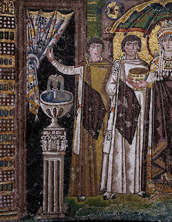 Dignitaries, detail from Theodora and her entourage, mosaic, south wall of the apse, Basilica of San Vitale (UNESCO World Heritage List, 1996), Ravenna, Emilia-Romagna. Italy, 6th century.