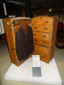 2019.01.20-072 malle-cabine penderie Hermès Frères 1912