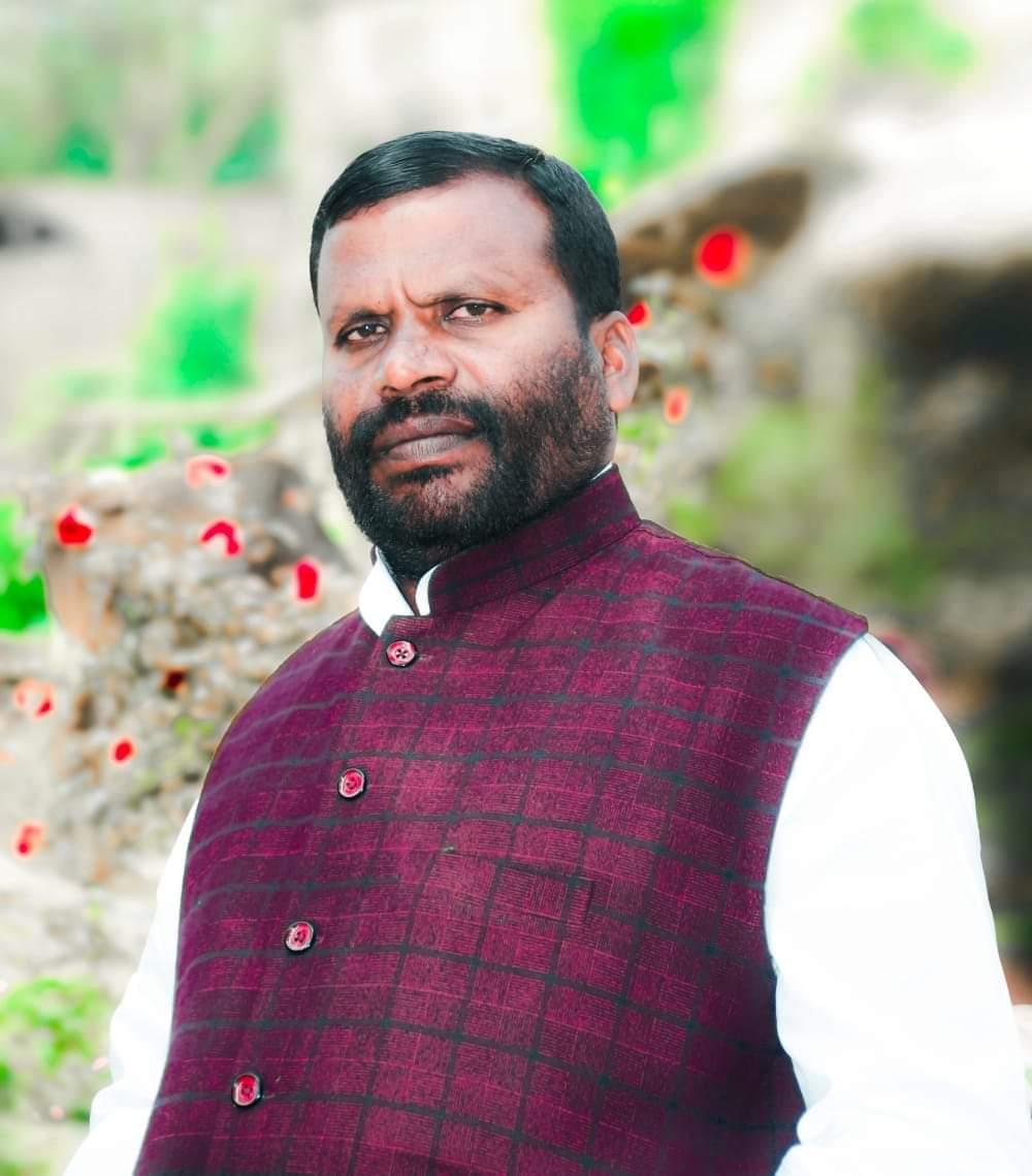 प्रवासी मजदूरों को नही मिल रहा है पंचायत में काम :शिव प्रसाद मांझी