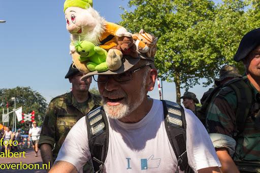 vierdaagse door cuijk 18-7-2014 (9).jpg