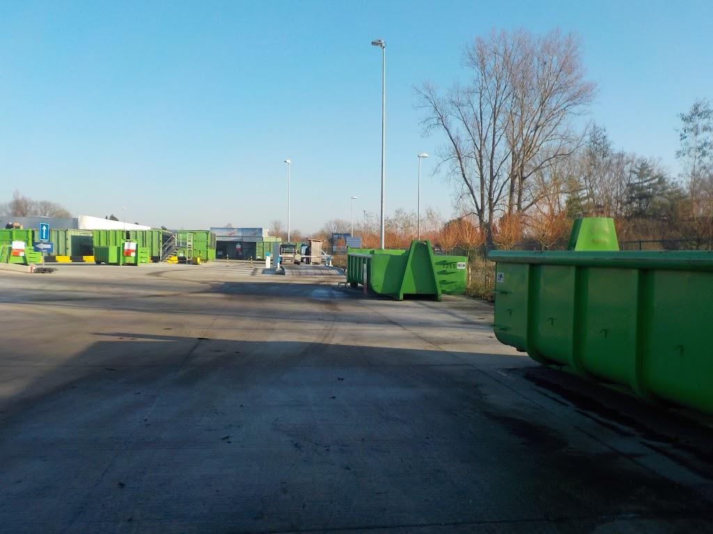 De Knetters op bezoek in het containerpark - DSCN0080.JPG