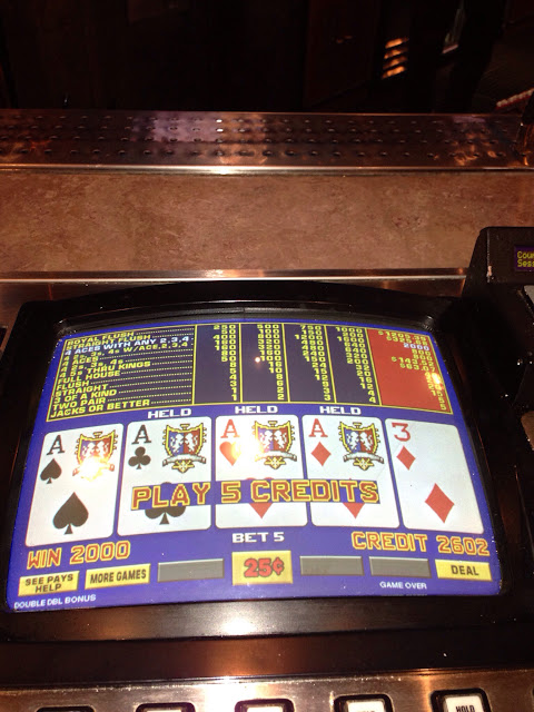 Aces Kicker Video Poker Win