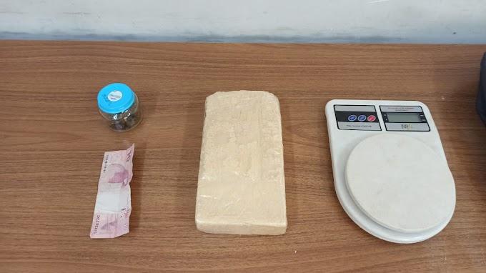 Rapaz de 22 anos é preso com tijolo de pasta base de cocaína no Etemp em Araçatuba