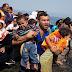 Jesus Aparece A Refugiados Que Cruzavam Mar E Acalma Tempestade