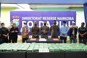 Kembali Ringkus Sindikat Sabu Internasional, 81 Kg Disita, Kapolda Riau : Kita Tidak Akan Berhenti Kejar Para Pelaku Narkoba