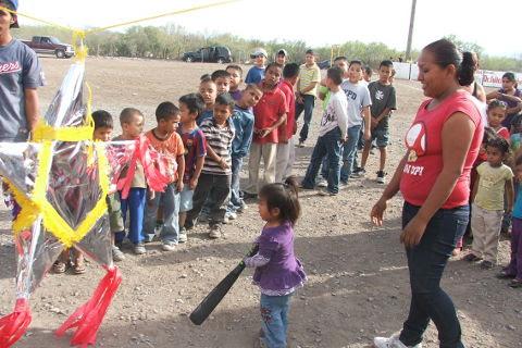 Fiesta en el softbol del Club Sertoma