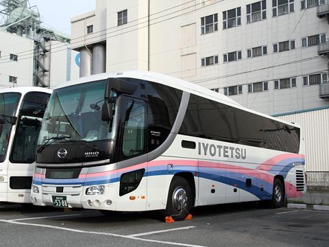 伊予鉄南予バス「道後エクスプレスふくおか号」 5388
