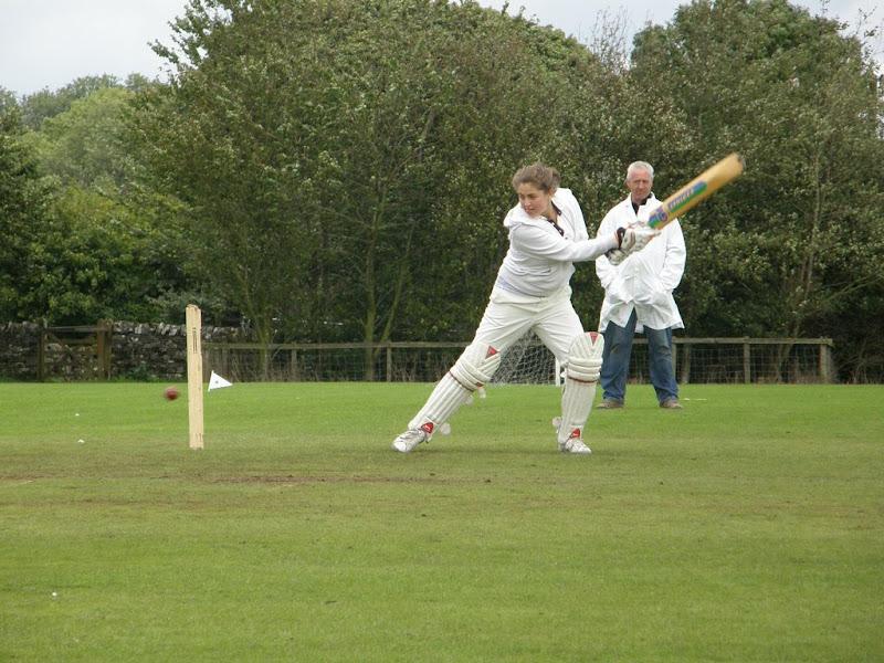 Cricket-Ladies-2010-NS11