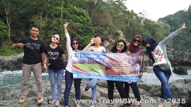 Paket Wisata Tour Banyuwangi - Pantai Batu