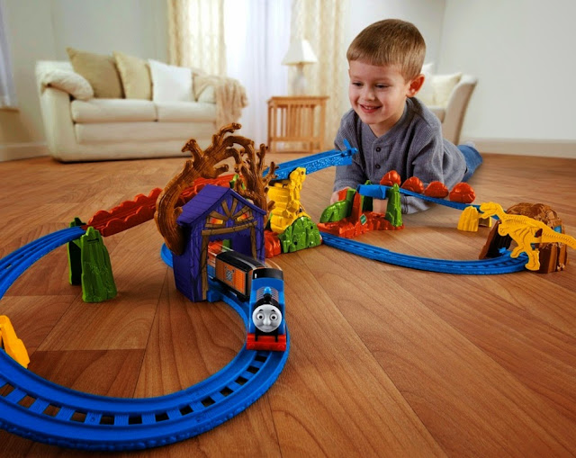 Motorized Railway Thomas' Spooky Tracks Set Fisher Price BMF09 tuyệt đối an toàn