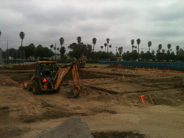 Pool Construction - IMAGE_8D8ADDA7-1855-4AE9-9A2B-3E922FF348F4.JPG