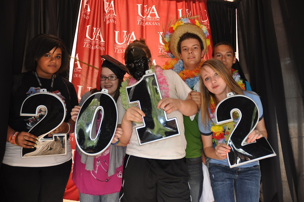 Genoa Central, Fouke, and Arkansas High visit UACCH-Texarkana - DSC_0158.JPG