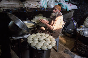"Making of ""Keemy Wali Tikki"", Breakfast in Sharqpur"