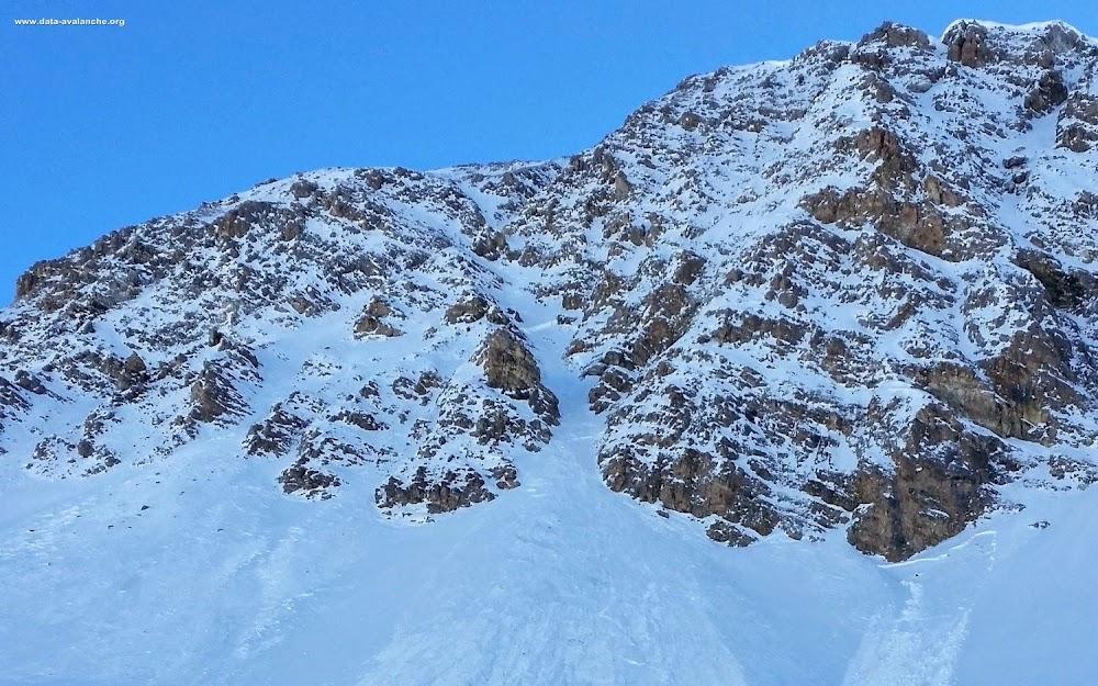 Avalanche Haute Tarentaise, secteur Val d'Isère, Couloir des Pisteurs dans la face Nord du Charvet - Photo 1
