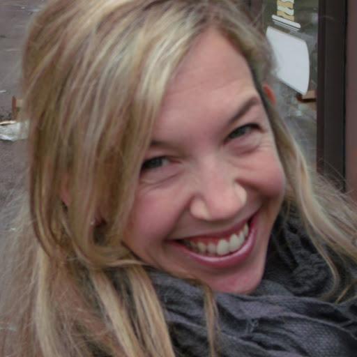 Angela Youngblood Photo 14