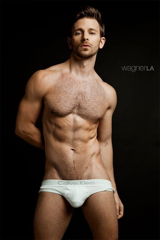 Derek Yates by David Wagner