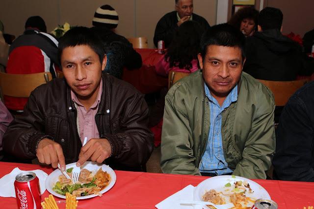 OLOS Navidad 2010 con Amigos Migrantes - IMG_9858.JPG