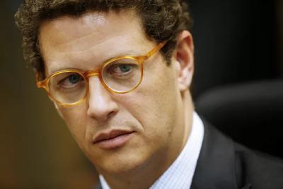 Justiça Federal no DF manda juiz analisar imediatamente pedido de afastamento do ministro Ricardo Salles