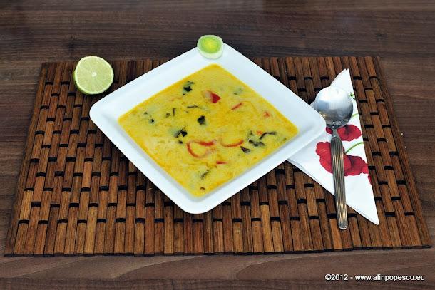 Supa thai cu lapte de cocos