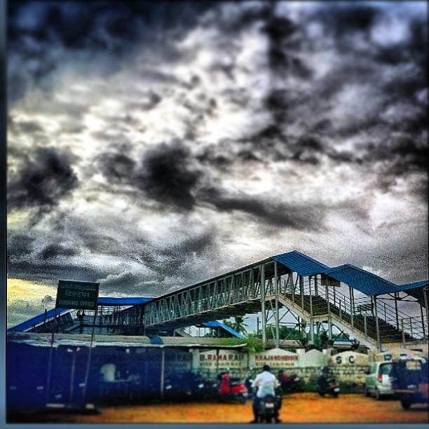 Hyderabadi Baataan - 5cb722f0b17629c68f97a35d907979773e9a096f.jpg