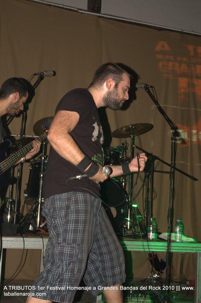 A TRIBUTOS 1er Festival Homenaje a Grandes Bandas del Rock 2010 - DSC_0240.jpg