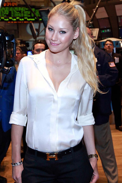 Anna Kournikova At The New York Stock Exchange:celebrities0