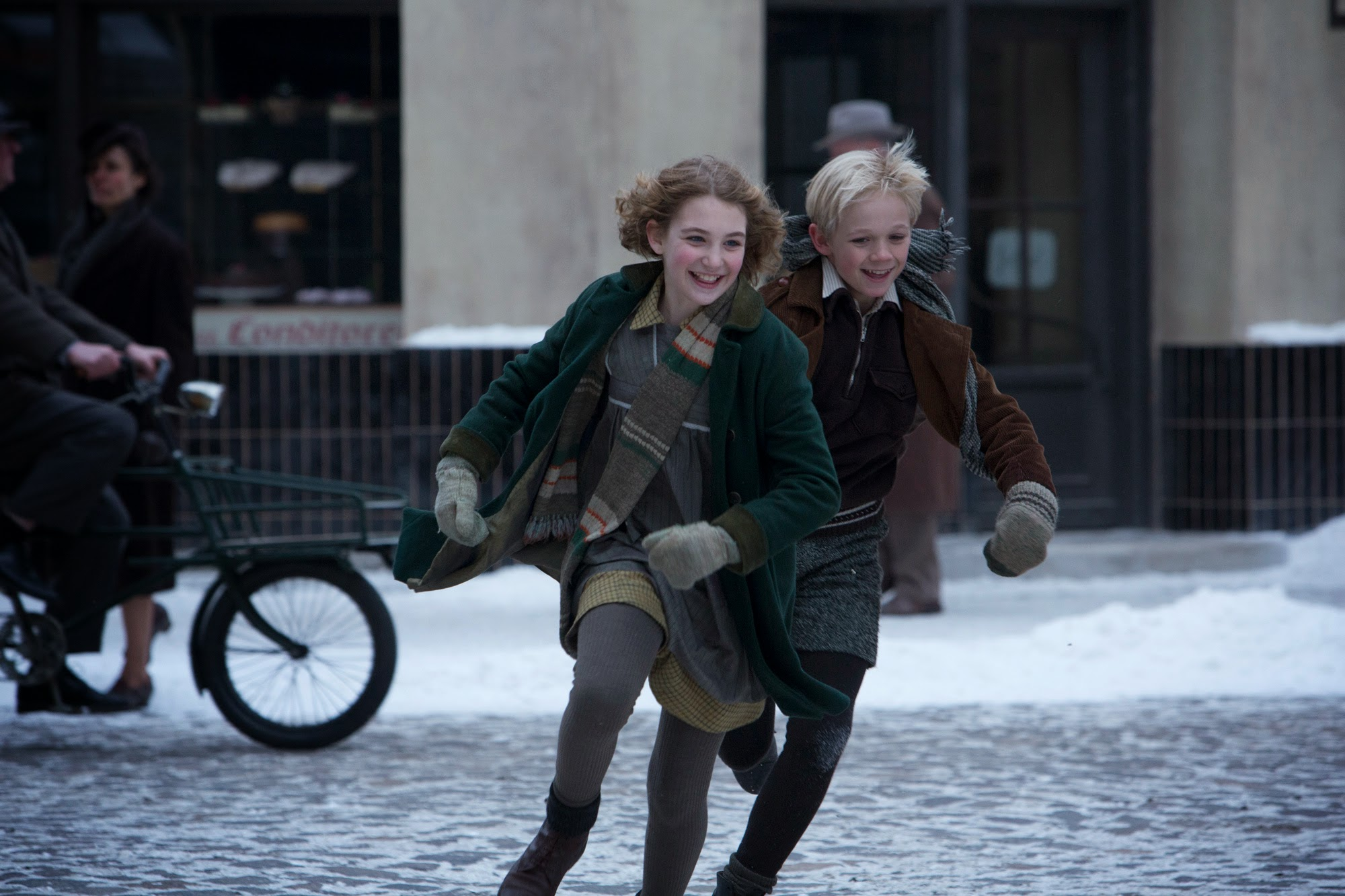 sophie-nelisse-nico-liersch-the-book-thief.jpg