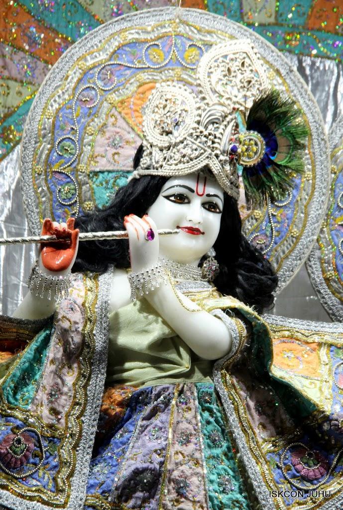 ISKCON Juhu Mangal Deity Darshan on 29th April 2016  (26)