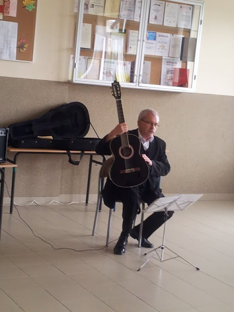 gitarzysta - 20130619_091413.jpg