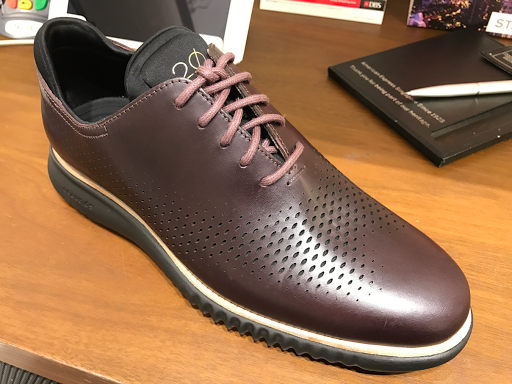 This unique color will complement anyone's Cole Haan collection along with  its classy touch in smooth leather and the 2.0 ZeroGrand design with modern  ...