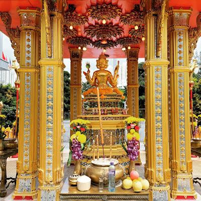 Four-Headed Buddha Shrine (3) ©LeDomduVin 2020