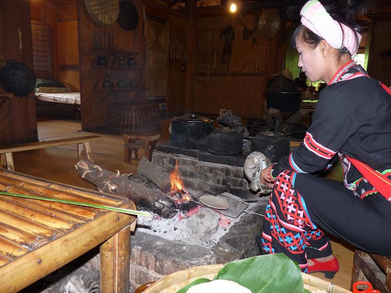 CHINE.YUNNAN.KUN MING Village des minorités 2 - P1270640.JPG
