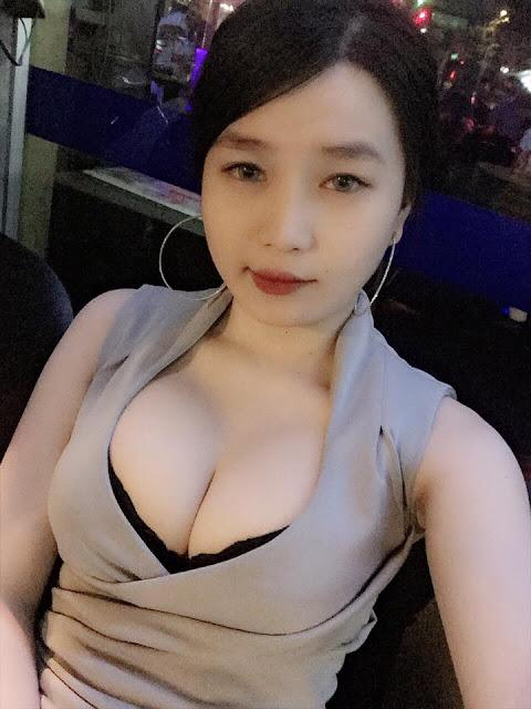 Hot girl DJ Trang Đài