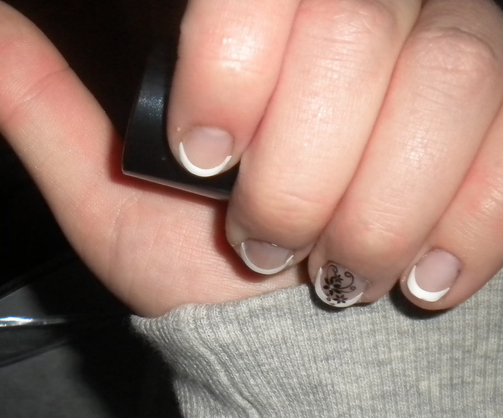 AndreasBeautyBlog: Review : Better than Gel-Nails von Essence.