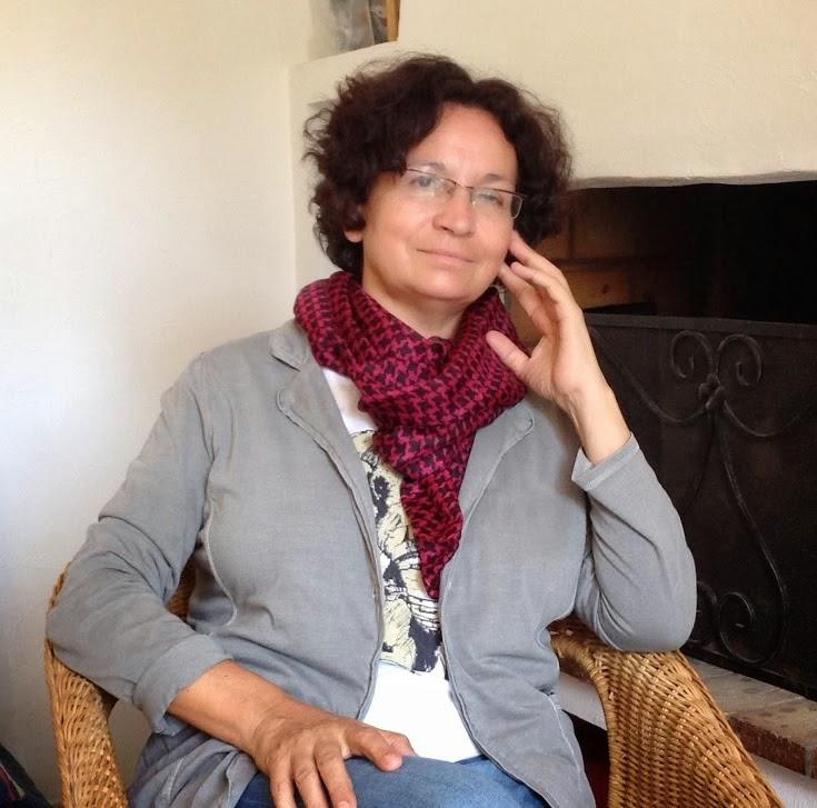Diálogo con la poeta Concha García.  La identidad múltiple.