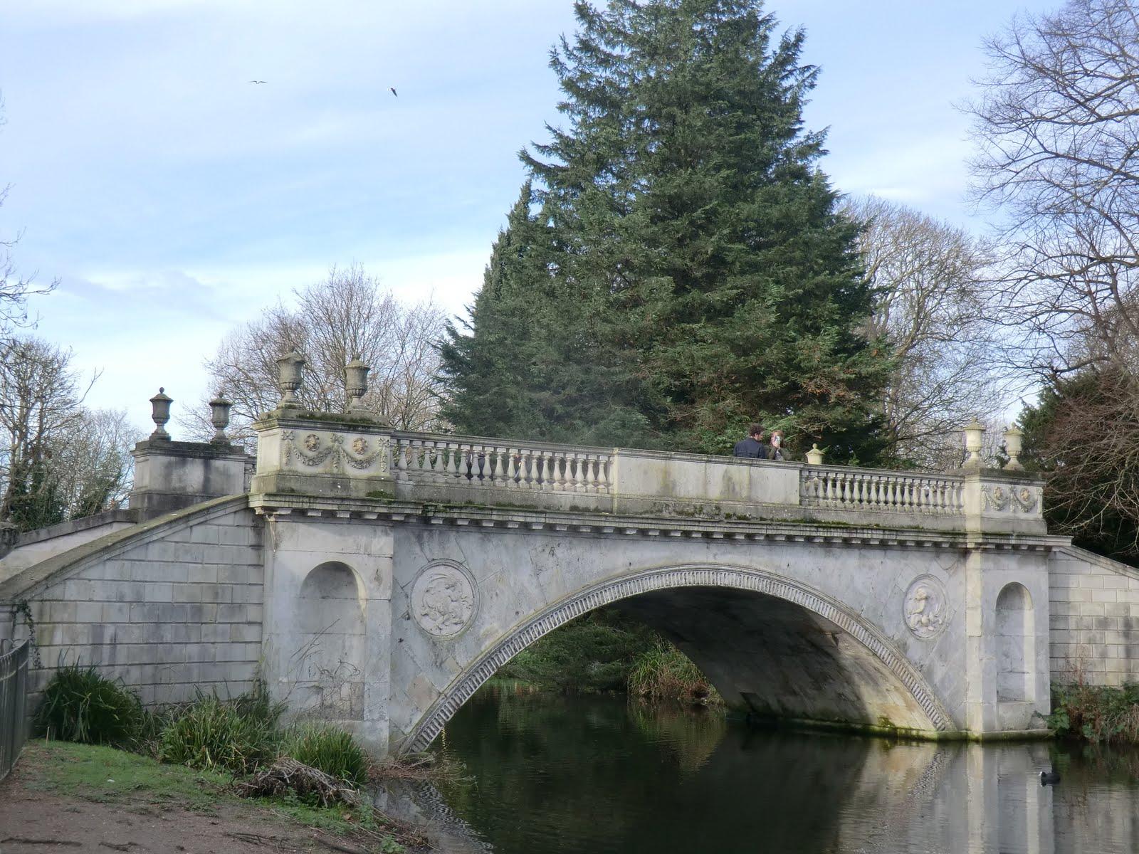 CIMG2120 Classic Bridge, Chiswick House