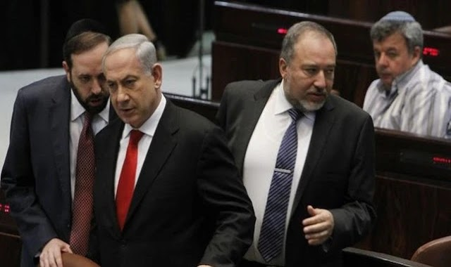 خلافات حادة بين نتنياهو وليبرمان بشأن التهدئة في غزة