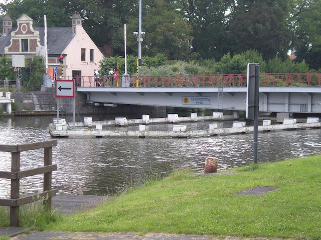 "100km/42km  ""Nuit des Flandres""(Torhout, B): 22-23 juin 2012 DSCN0343"