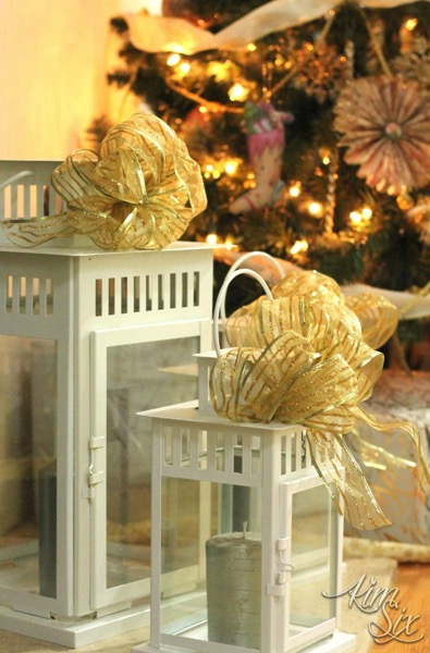 Christmas Lanterns with Gold bows