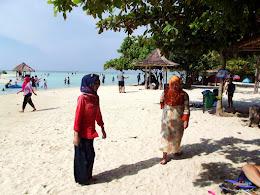 family trip pulau pari 090716 Fuji 071