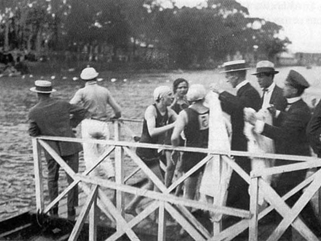 A poluição do rio Tietê ganhou força após a década de 1940, quando houve uma aceleração do processo de industrialização do país.