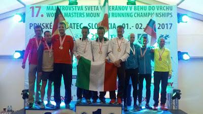 Senioren Berglauf WM Siegerehrung Mannschaft M45