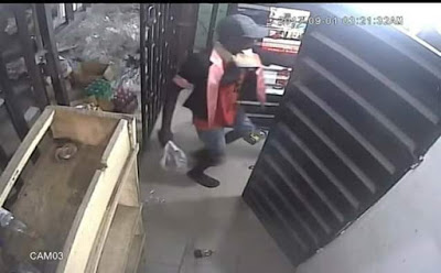 CCTV Exposes Thieves Who Broke Into A Supermarket In Uyo (Photos)